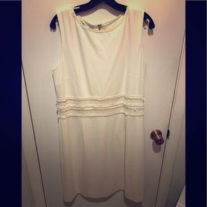 Brand New Sara Campbell Ivory Shift Dress Large